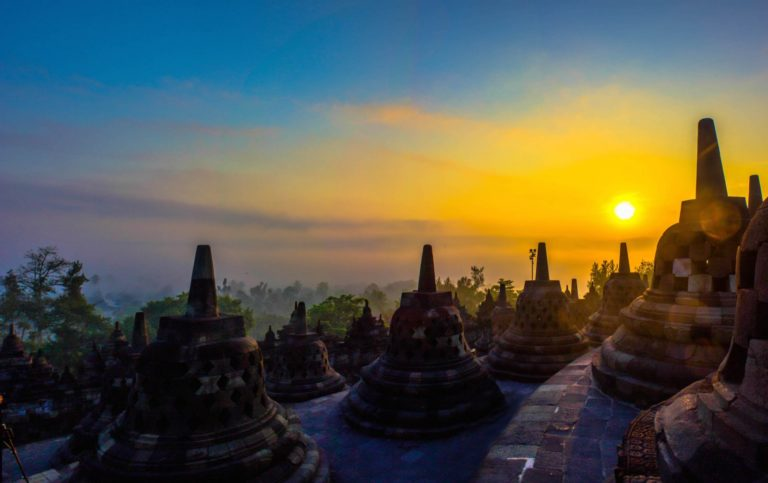 Borobudur Sunrise Tour 3 Day/2 Night